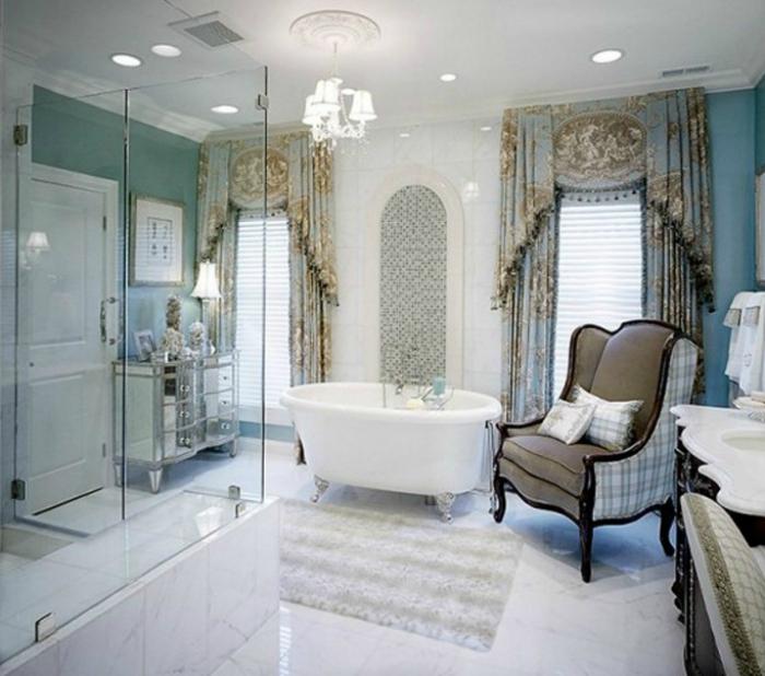 Вариант оформления ванной комнаты в классическом стиле