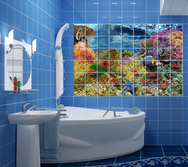 Использование декупажа на одной стене в ванной