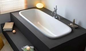 Каркас для ванны служит хорошим декором для завершения общего стиля комнаты