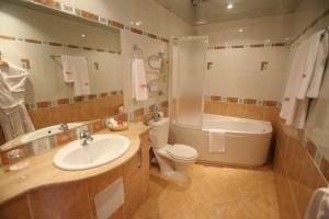 Особенности выбора и расположения ванны