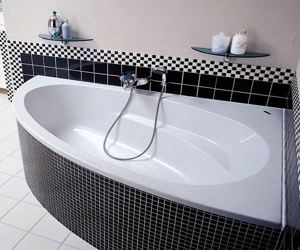 Благодаря разнообразию форм акриловых ванн появляется уникальная возможность создать неповторимый интерьер в комнате