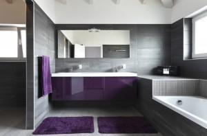 Сочетание фиолетового с серым - беспроигрышный вариант