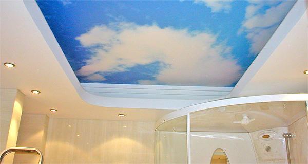 Вариант потолка с рисунком