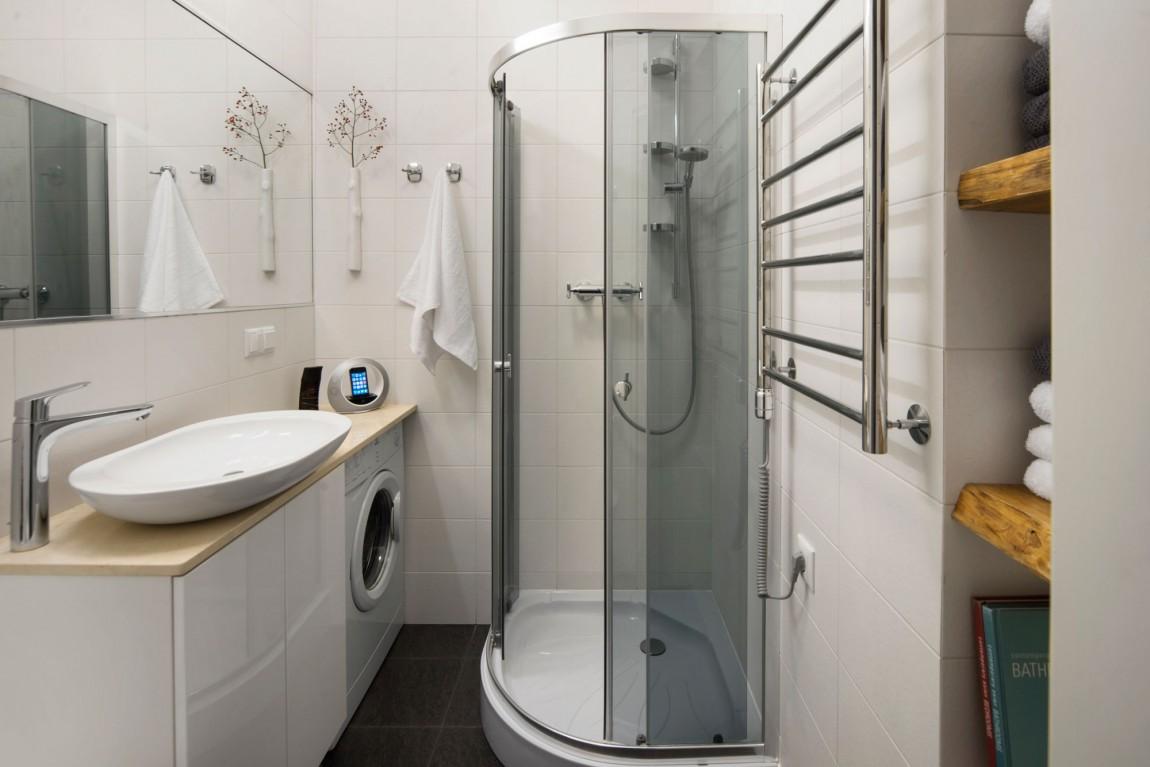 Светлые тона - лучшее решение для небольших комнат