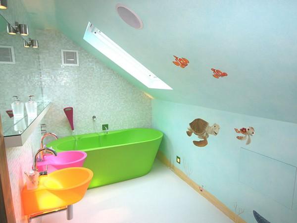 Вариант крашеного потолка и стен в ванной