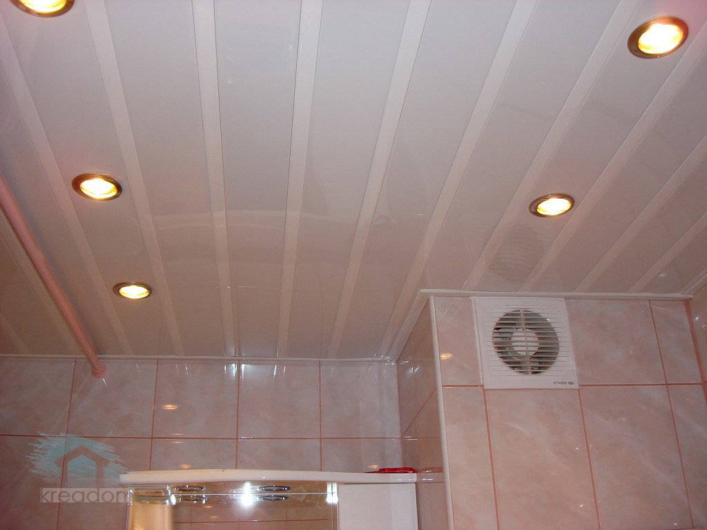 Отделка пластиковыми панелями потолка своими руками