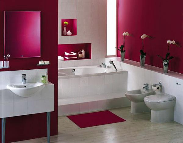 Влагостойкая краска для ванной комнаты упростит процесс нанесения материала. Это творческое и увлекательное занятие, с которым можно справиться самостоятельно.