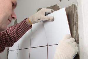 Качественный результат работы будет зависеть как от самой плитки, так и от подготовленной поверхности