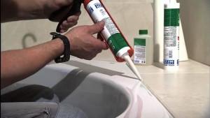 Герметизация душевых кабин обязательное условие при установке сантехники