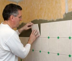 Укладка плитки на гипсокартон не составит особого труда при надлежащем выборе расходных материалов