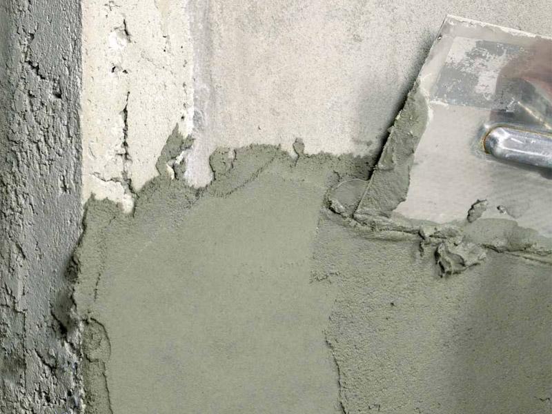 Хорошо приготовленный раствор для оштукатуривания стен обеспечит Вам качественно выполненную работу