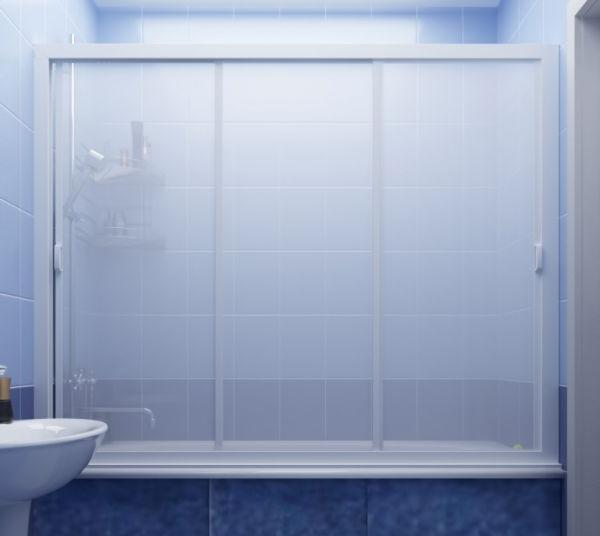 Выбирая ширму, стоит учесть особенности интерьера ванной, ведь матовая поверхность может затенить комнату