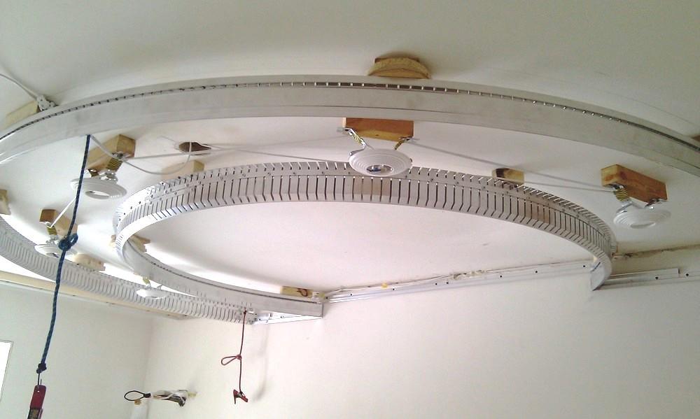 Частичная разборка регулярно должна выполняться для профилактики, удаления плесени или ремонта системы освещения
