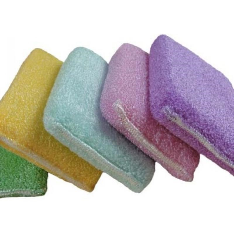 Акриловые ванны лучше чистить капроновыми губками
